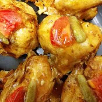 Morceaux de poulet en gelée